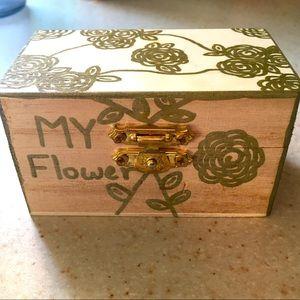 HAND DRAWN ROSE JEWELRY BOX